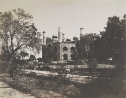 The Entrance [to Akbar's tomb, Sikandra]